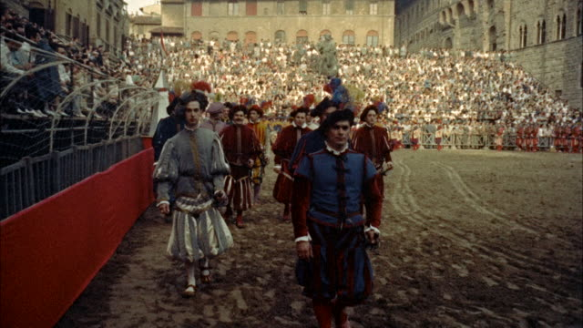 ms pageantry scenes in piazza della signoria / unsepcified - anno 1954 video stock e b–roll