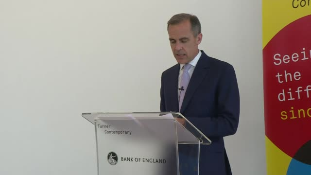 vídeos de stock, filmes e b-roll de painter jmw turner announced as the next face on 20 pound banknote press conference england kent margate turner contemporary int mark carney and... - painter artist