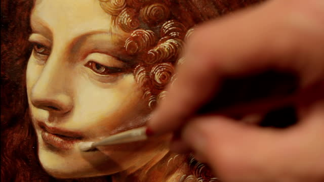 stockvideo's en b-roll-footage met painting portrait of a renaissance women - kunstenaar