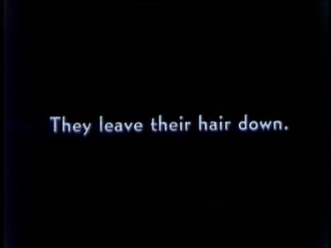vídeos y material grabado en eventos de stock de pairs of teenage dancers dance to the glenn gray jazz band / jitterbug slow dancing lindy hop dancers at ny world's fair on june 01 1939 in new york... - autografiar