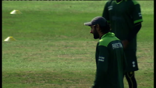 Pakistan squad training at Somerset ENGLAND Somerset Taunton Somerset County Cricket Ground EXT Pakistan cricket squad arrive at cricket ground off...