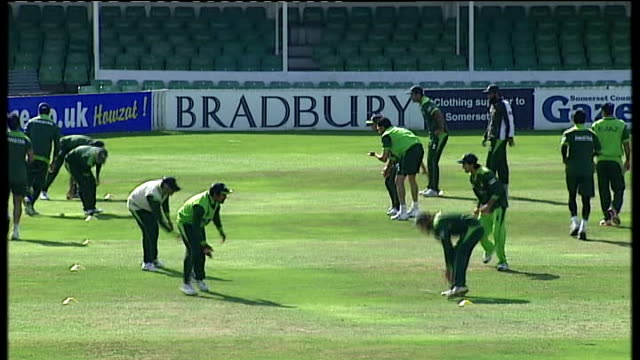 three cricketers face questioning Pakistan cricket team training on pitch