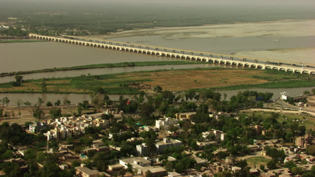 pakistan : rice canal in sukkur - sindh pakistan stock videos and b-roll footage