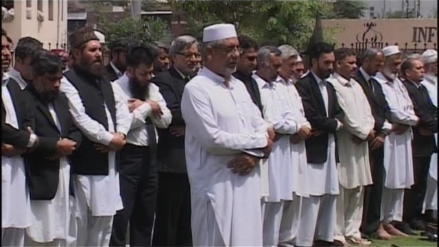 pakistani lawyers held protests over the us killing of al-qaeda chief osama bin laden, denouncing america and saying prayers for their 'hero'.... - peshawar stock videos & royalty-free footage