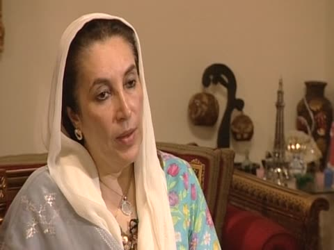 pakistan's former prime minister benazir bhutto on the call of the revival of the constitution, nov 2007 - revival stock videos & royalty-free footage