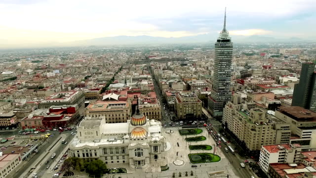 stockvideo's en b-roll-footage met paleis bellas artes in mexico-stad. - mexico stad