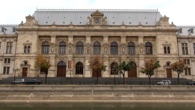 palace of justice-bukarest, rumänien - gerichtsgebäude stock-videos und b-roll-filmmaterial