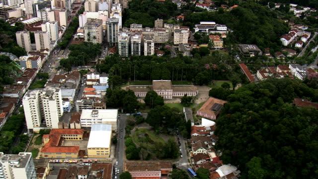 vídeos de stock, filmes e b-roll de palácio imperial-vista aérea-rio de janeiro, petrópolis, brasil - palace