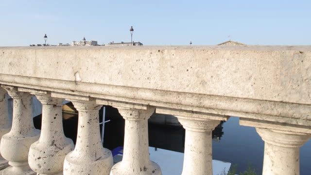palais bourbon and pont de la concorde, paris, france, europe - french national assembly stock-videos und b-roll-filmmaterial