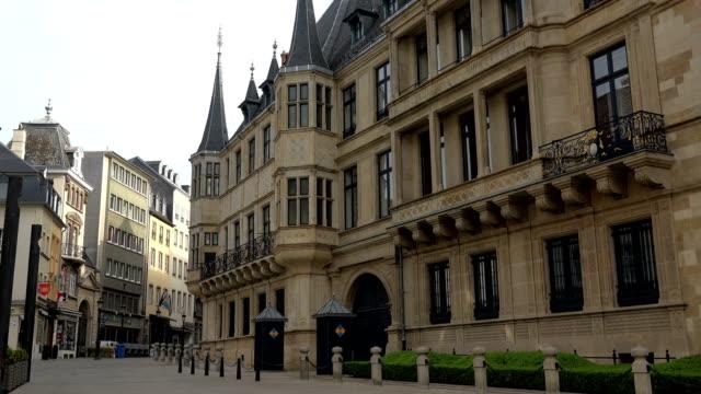 vidéos et rushes de palais grand-ducal, luxembourg city, luxembourg - grand duché du luxembourg