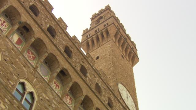 vídeos de stock e filmes b-roll de palazzo vecchio, florence, italy - florença