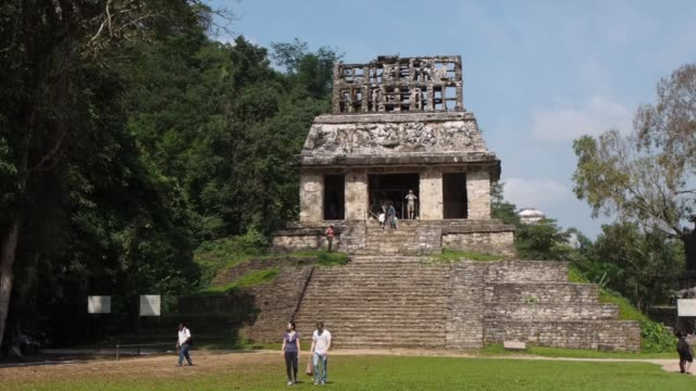 palenque mexico mayan remains - palenque stock-videos und b-roll-filmmaterial