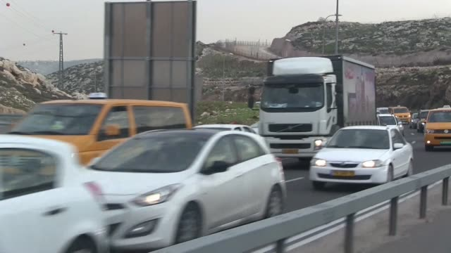 palestinian cars passing through hizma or hizmeh checkpoint a passageway between northeast jerusalem and the west bank in israel - eddie gerald stock videos & royalty-free footage
