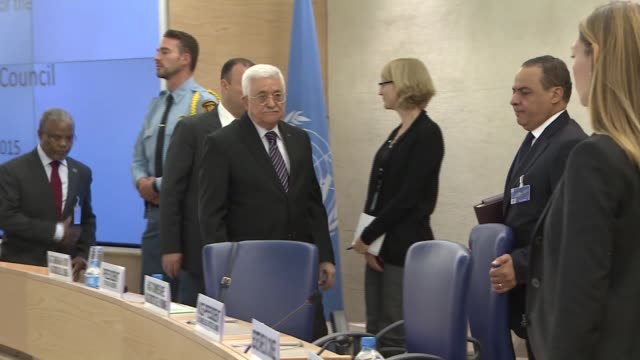 palestinian president mahmud abbas, addresses the un human rights council in geneva on october 28, 2015 during a special meeting requested by the... - イスラエルパレスチナ問題点の映像素材/bロール