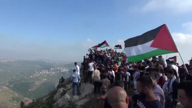 palestinian refugees living in lebanon gather in the medieval beaufort castle known in arabic as al-shaqif citadel near the southern lebanese town of... - palestinian stock videos & royalty-free footage