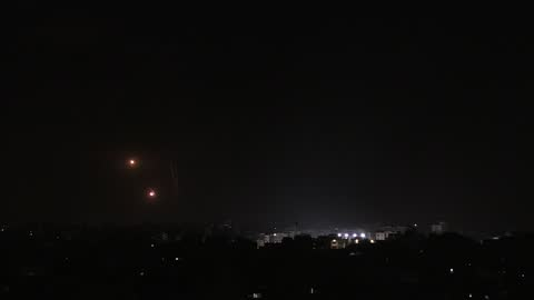 palestinian resistance groups continued to fire rockets into israel early friday in response to continued attacks by israel on the gaza strip.israel... - ガザ地区点の映像素材/bロール