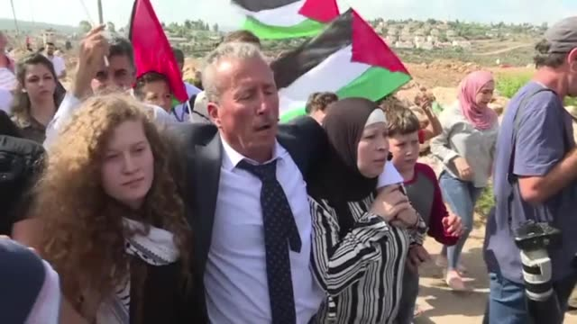 palestinian teenager ahed tamimi reunites with her family in her hometown nabi saleh in the west bank after an eight month sentence for slapping two... - palestinian stock videos & royalty-free footage