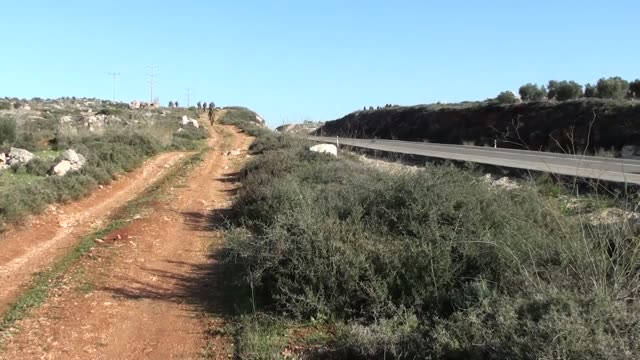 stockvideo's en b-roll-footage met palestinian youth was killed by israeli forces near the west bank city of nablus on 29 december 2014 israeli forces shot and killed a stonethrowing... - israëlisch palestijns conflict