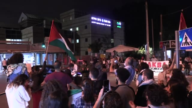 palestinians in israel on tuesday organized a rally in support of palestinian detainee maher al-akhras who has been on hunger strike for 100 days... - prisoner stock videos & royalty-free footage