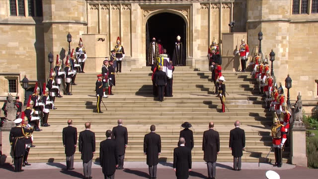 pallbearers carry the coffin of prince philip, duke of edinburgh, up the steps of st george's chapel, for his funeral - place of worship stock videos & royalty-free footage