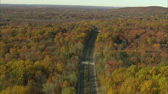 pallisades interstate parkway - helicopter point of view stock videos & royalty-free footage