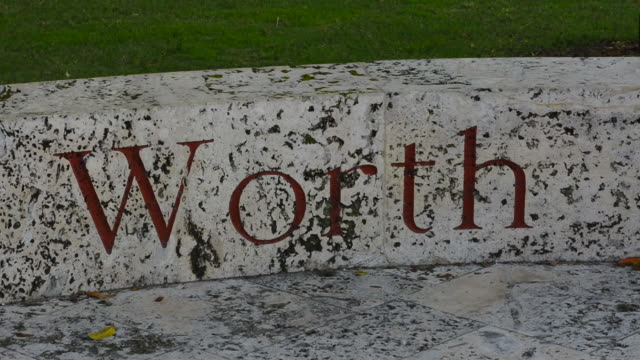 Palm Beach Florida stone sign on ground for famous Worth Avenue shopping