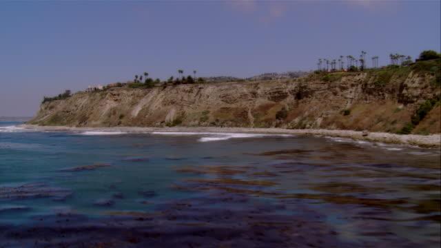 low aerial palos verdes coastline, california, usa - palos verdes stock videos & royalty-free footage
