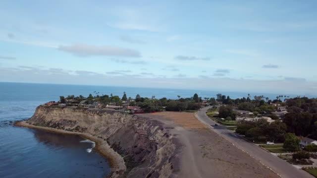 palos verdes peninsula - aerial drone shot - palos verdes stock videos & royalty-free footage