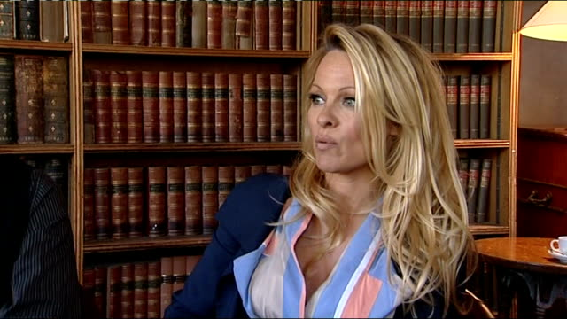 Pamela Anderson addresses Oxford Union on issue of vegetarianism ENGLAND Oxford Oxford University INT Pamela Anderson interview SOT On her support...