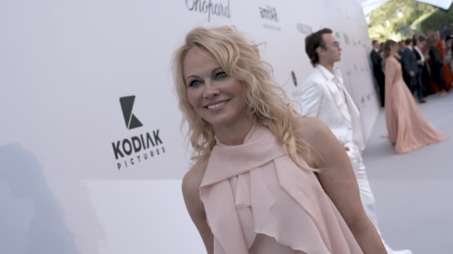 pamela anderson at amfar cannes gala 2019 - arrivals at hotel du cap-eden-roc on may 23, 2019 in cap d'antibes, france. - amfar stock videos & royalty-free footage