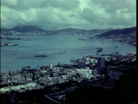pan across hong kong harbour from high angle, 1950 - 1950 stock-videos und b-roll-filmmaterial