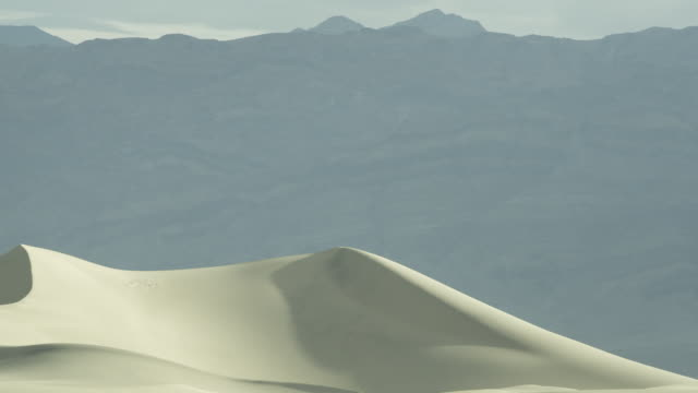 Pan across sand dune in Death Valley, Eastern California.