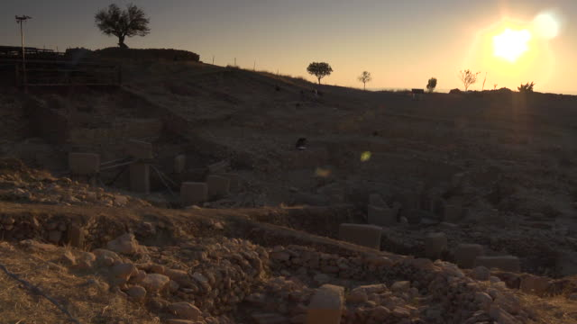 pan across the archaeological site at gobekli tepe, turkey. - archaeology stock videos & royalty-free footage