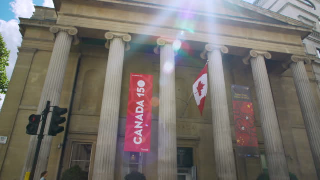pan across the exterior of canada house on trafalgar square, london. - embassy stock videos & royalty-free footage