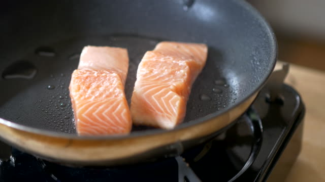 pan fry salmon fillet - frying pan stock videos and b-roll footage