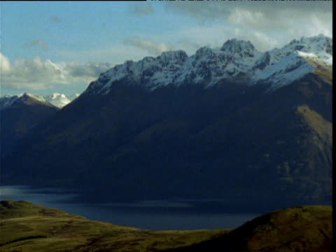 pan left over southern alps, south island, new zealand - new zealand southern alps stock videos & royalty-free footage