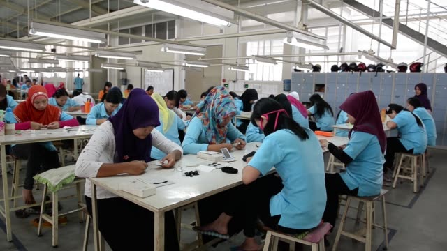 pan l-r workers make false eyelashes at the pt bio takara eyelash and wig factory in purwokerto, central java, indonesia, on wednesday, march 11, 2015 - personal hygiene product stock videos & royalty-free footage