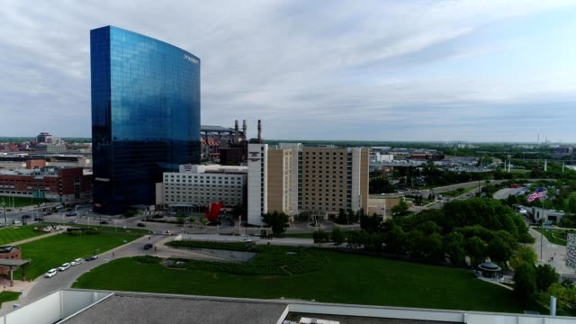 pan of indianapolis, indiana - indianapolis stock videos & royalty-free footage