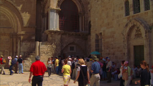 pan on chrch of holy sepulchre - jerusalem stock videos & royalty-free footage