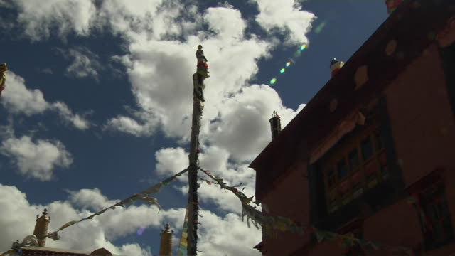 pan right khojarnath monastery purang tibet china - religious equipment stock videos & royalty-free footage