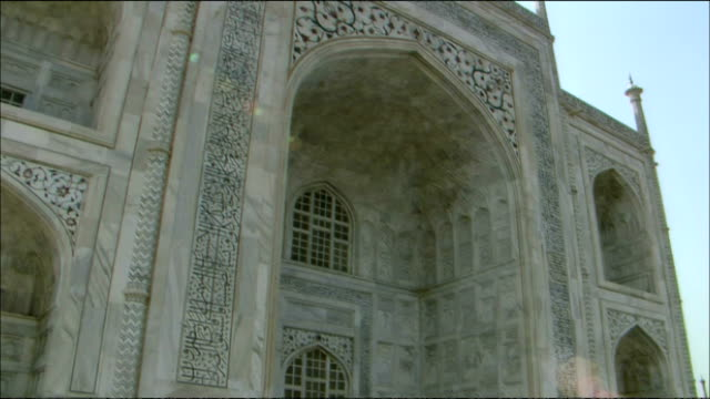pan right over taj mahal to yamuna river, agra - agra stock videos and b-roll footage