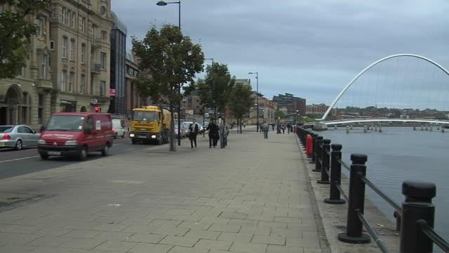pan right shot millennium bridge newcastle england uk - newcastle upon tyne stock videos & royalty-free footage