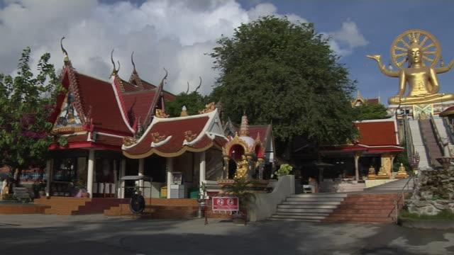 Pan Right Shot Wat Phra Yai Koh Samui Surat Thani Thailand