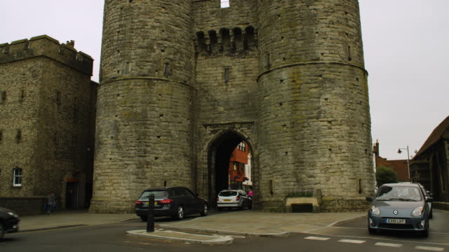 Pan up Canterbury's medieval Westgate.
