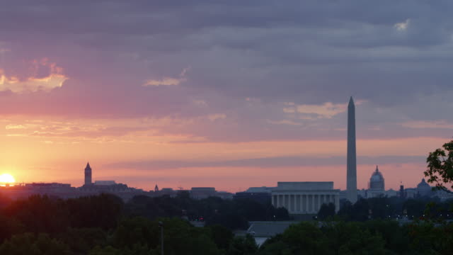 pan upward wide: city of washington in the morning (shot on red) - wide stock videos & royalty-free footage