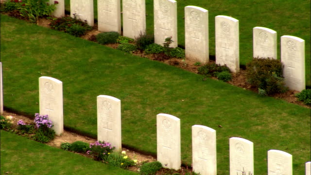 ms pan ww i cemetary/ picardy, france - gravestone stock videos & royalty-free footage