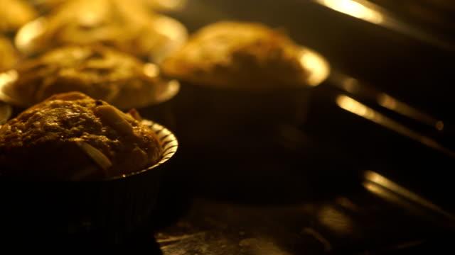 Schwenken: Brot backen