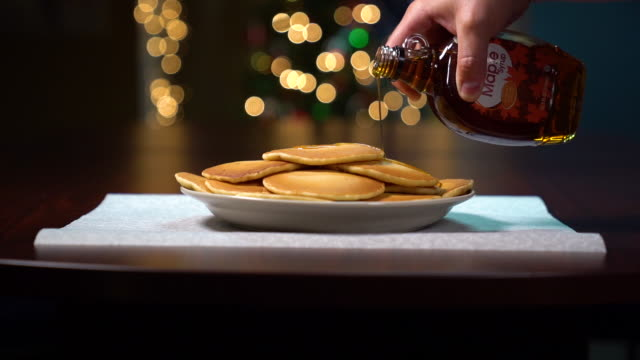 pancakes and maple syrup - syrup stock videos & royalty-free footage