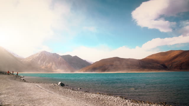 pangong tso lake with himalayan mountian background - tibet stock videos & royalty-free footage