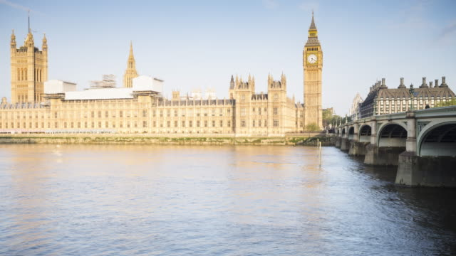 Panned TL of the Palace of Westminster and Westminster Bridge.